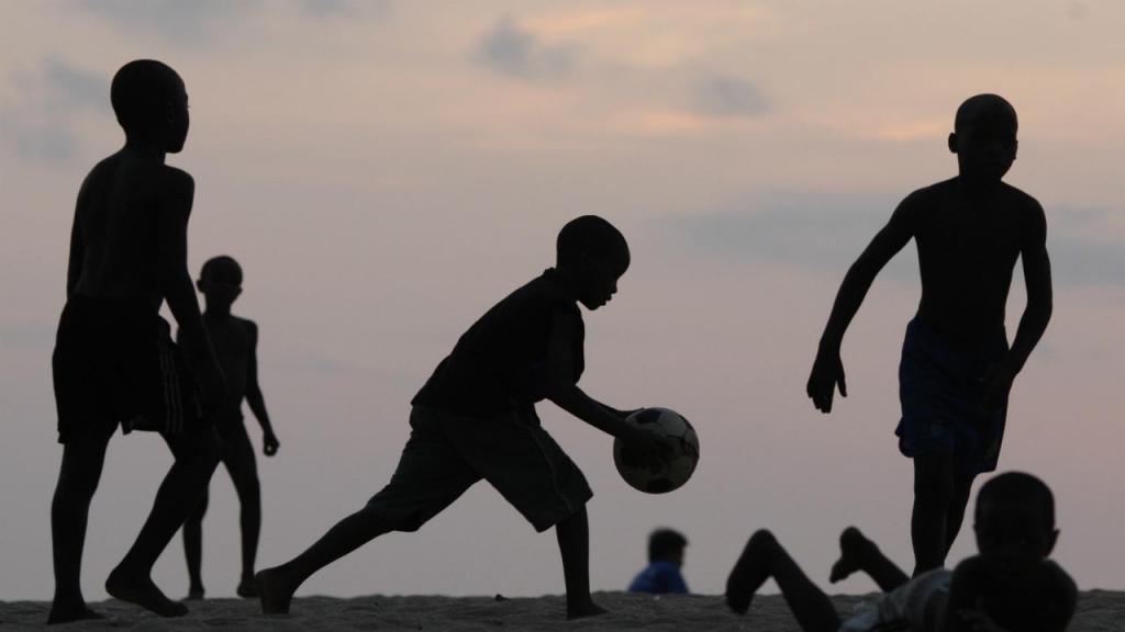 Crianças em Angola