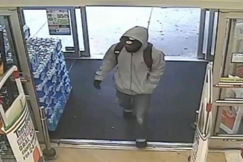 Suspeito de assaltar uma farmácia em Filadélfia