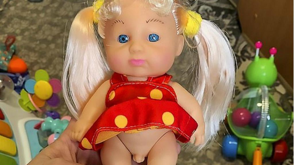 Boneca transgénero