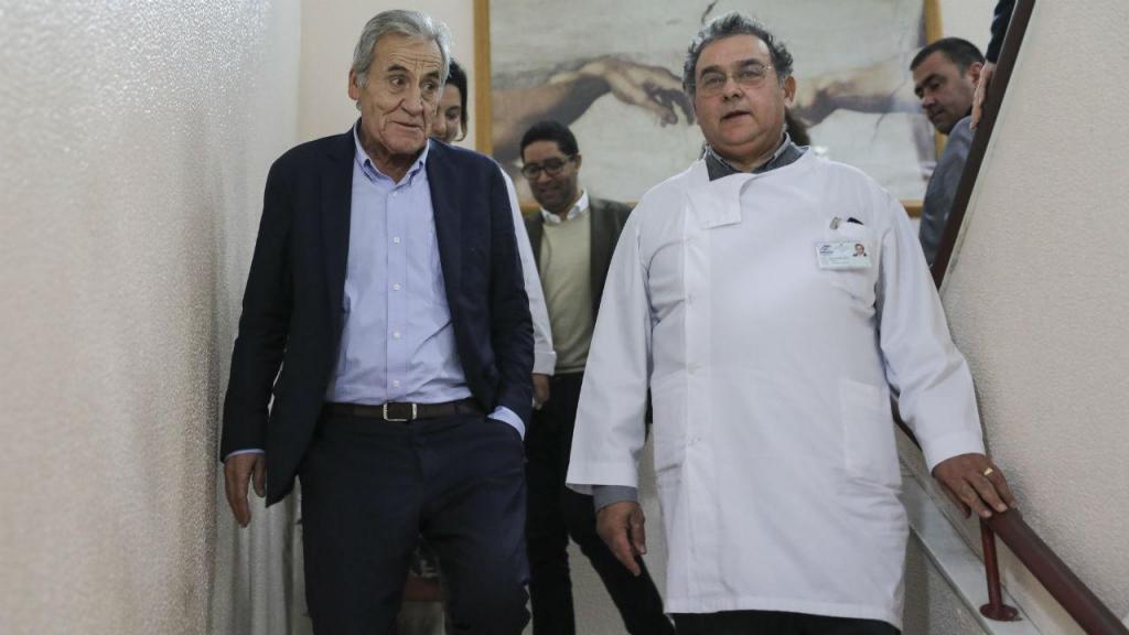 Jerónimo de Sousa visita Centro de Saúde de São Sebastião