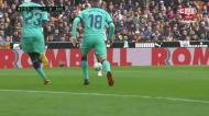 Alba marca na própria baliza e Valência chega-se à frente contra o Barça