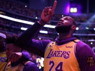 Homenagem a Kobe Bryant no Staples Center no jogo dos Lakers com os Portland Trail Blazers (AP Photo/Ringo H.W. Chiu)
