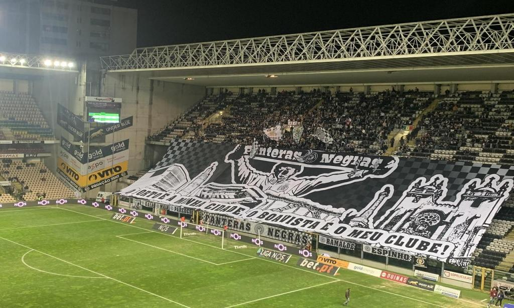 Estádio do Bessa (Vítor Maia)