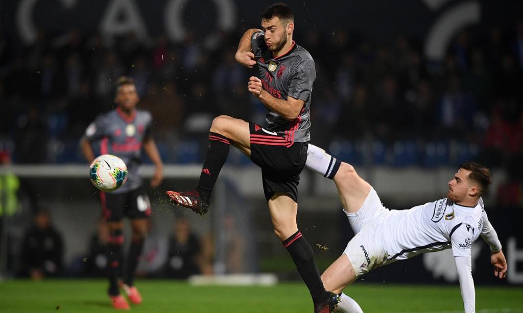 Resultado de imagem para Benfica na final da Taça após empate em Famalicão