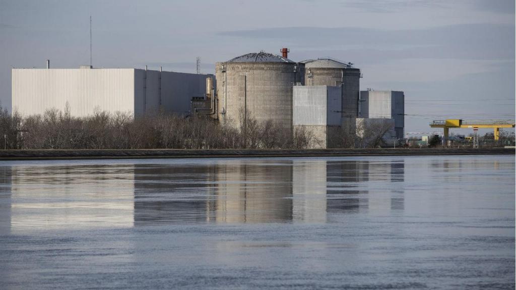 França inicia operação de encerramento de central nuclear de Fessenheim
