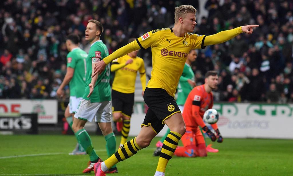 4) Erling Haaland (Borussia Dortmund): 26 golos, 44 pontos