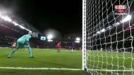 VÍDEO: cabeceamento de costas para a baliza e quase golo do Bayern