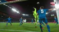 VÍDEO: canto para o Lyon e baliza da Juventus a tremer