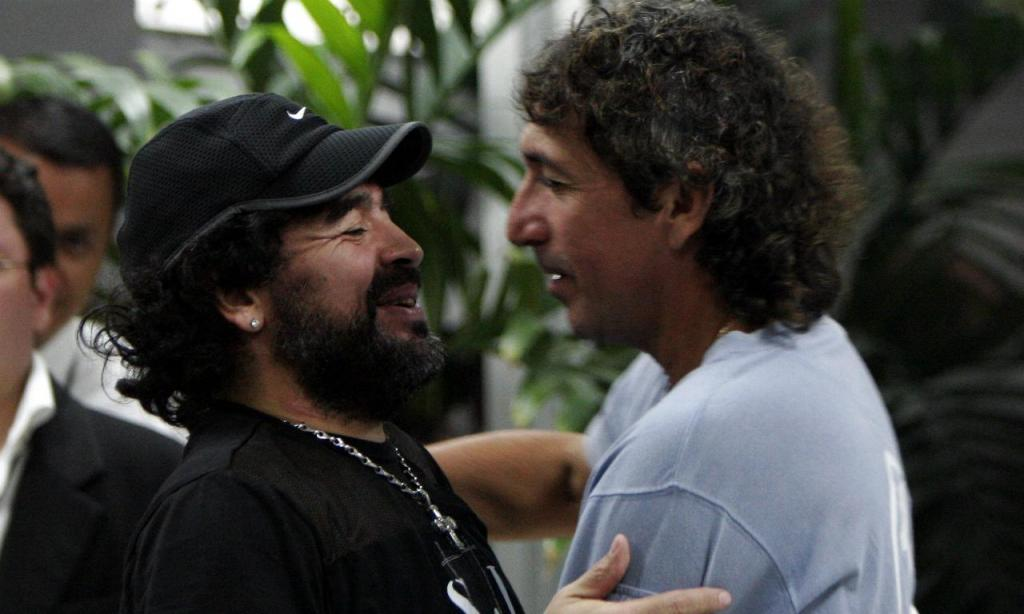 Maradona e «Mágico» González