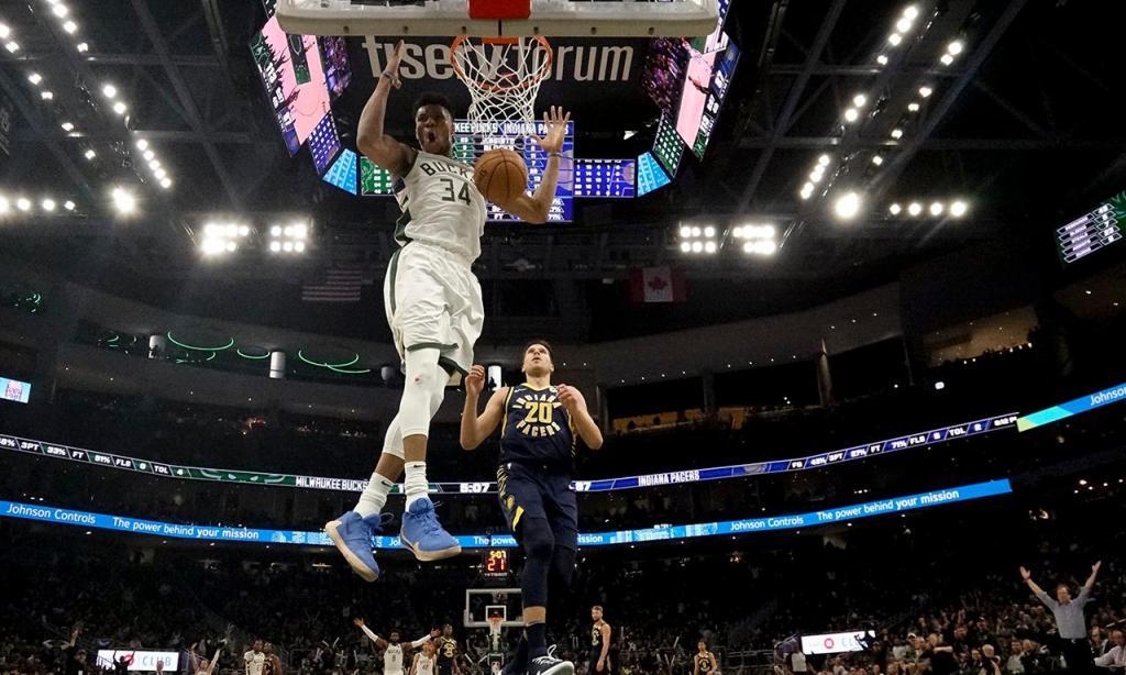 Milwaukee Bucks-Indiana Pacers