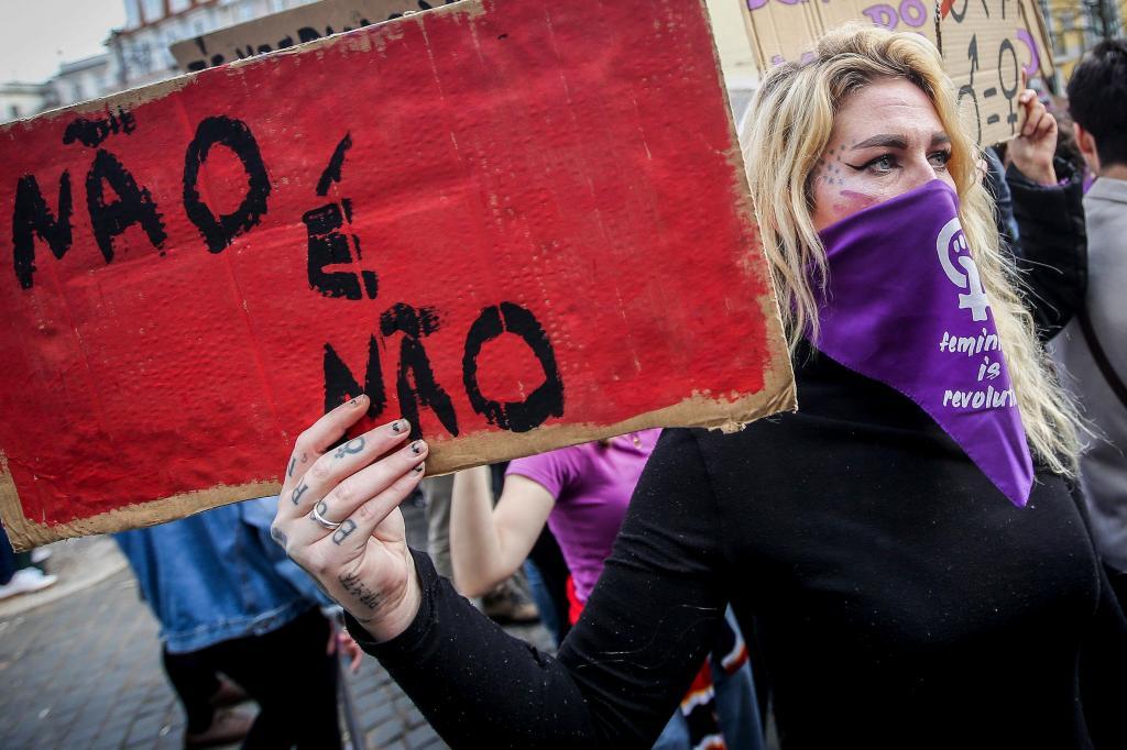 Lisboa marcha pela igualdade de direitos das mulheres