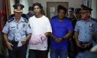 Ronaldinho detido no Paraguai