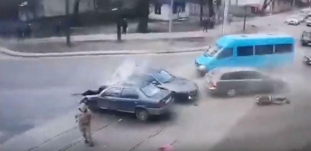 Acidente na Ucrania (Reprodução Youtube)