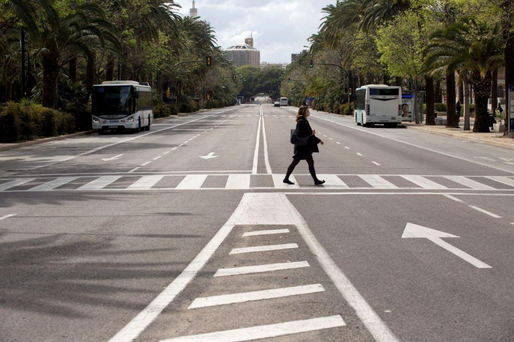 Covid-19: Madrid completamente deserta devido à pandemia