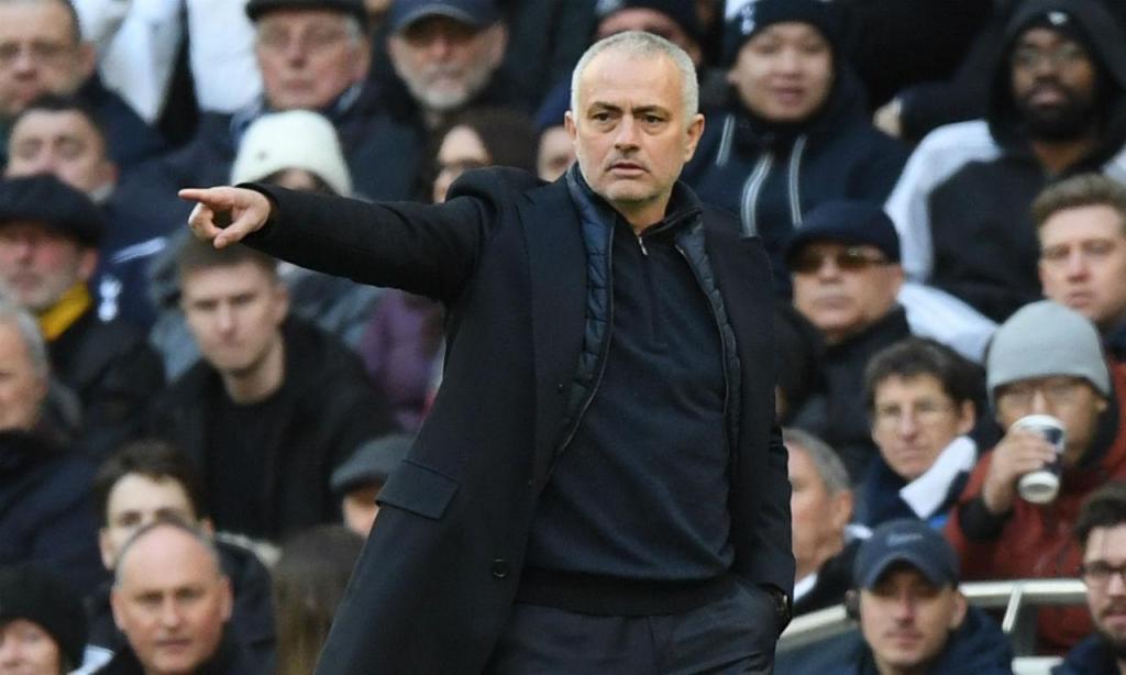 Jose Mourinho (Tottenham) - 23 milhões de euros