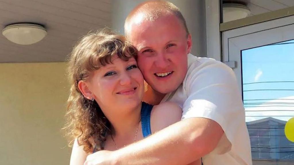 Anton Franchikov e a mulher Svetlana