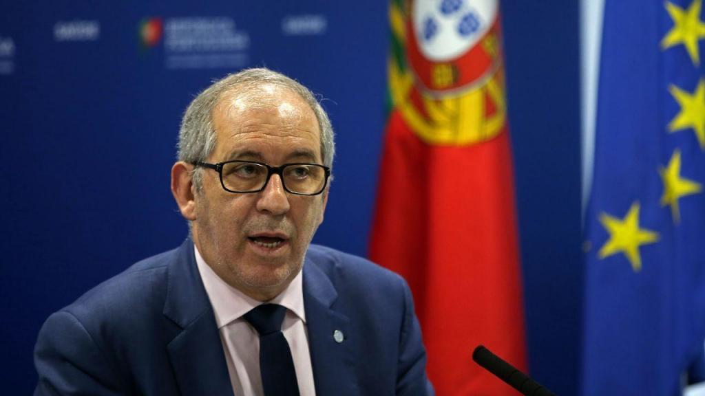 Conferência de imprensa da DGS: Fernando de Almeida