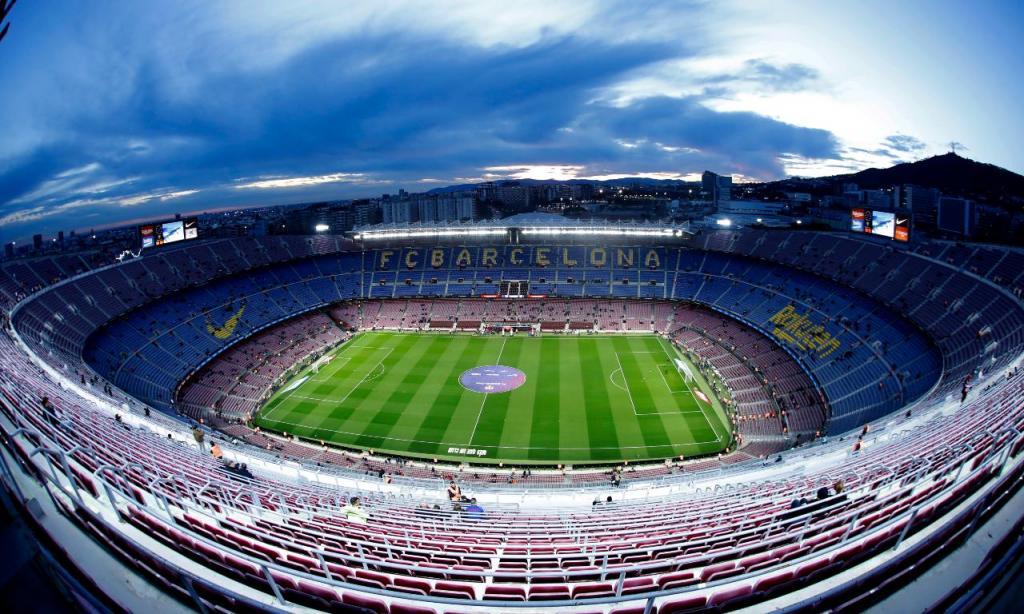 3 - Camp Nou, Espanha