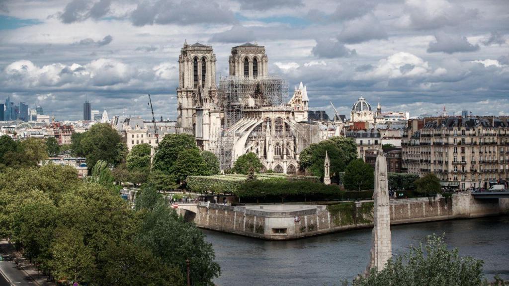 Notre Dame: um ano depois das chamas