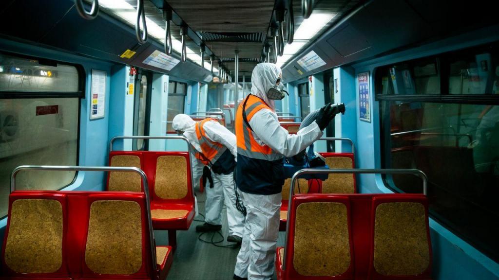 Ação de limpeza e desinfeção no Metropolitano de Lisboa