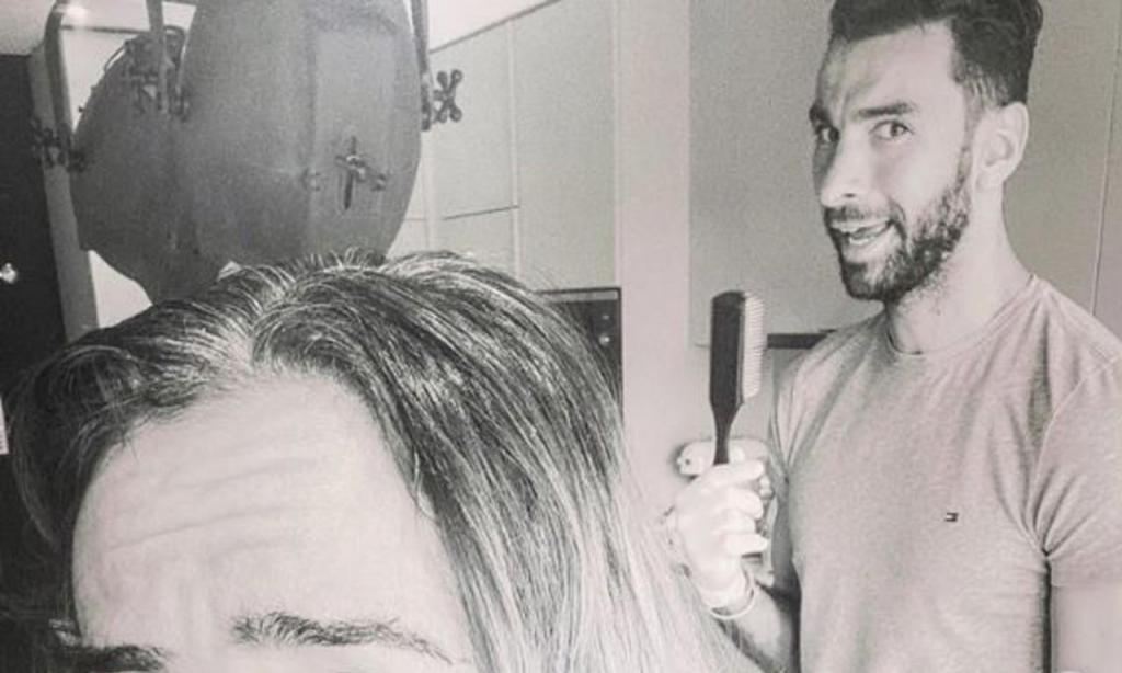 Patrício como cabeleireiro (instagram)