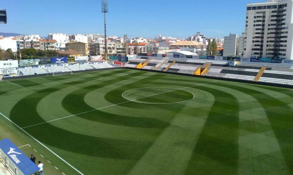 1. Portimão Estádio (Portimonense), média de cinco estrelas