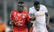 Junior Sambia, num lance com Zambo, num Marselha-Montpellier (AP)