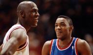 Isiah Thomas e Michael Jordan, em 1992 (AP)