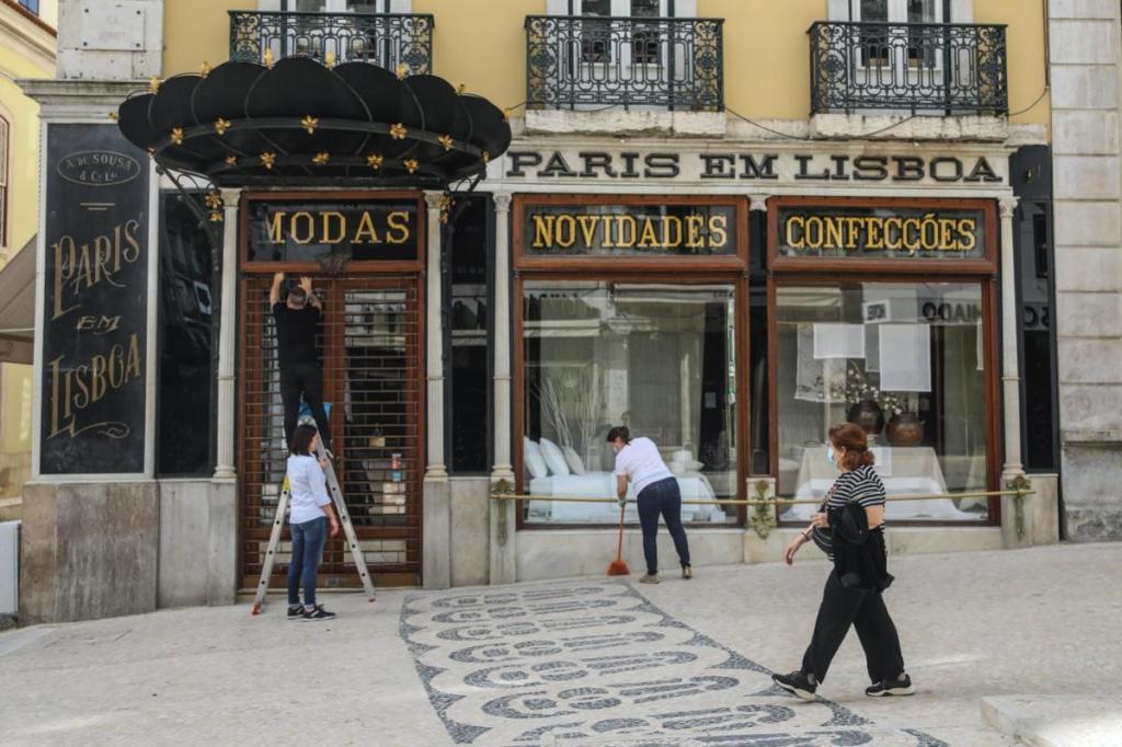 Reabertura do comércio em Lisboa