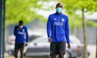 Plantel do FC Porto regressa ao Olival