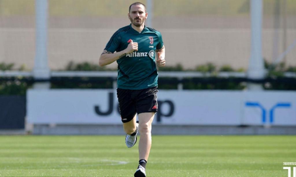 2) Leonardo Bonucci, 31 anos: Milan »»» Juventus, €35M