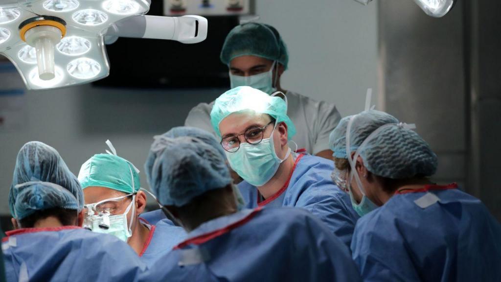 Novas rotinas no Hospital de São João no Porto