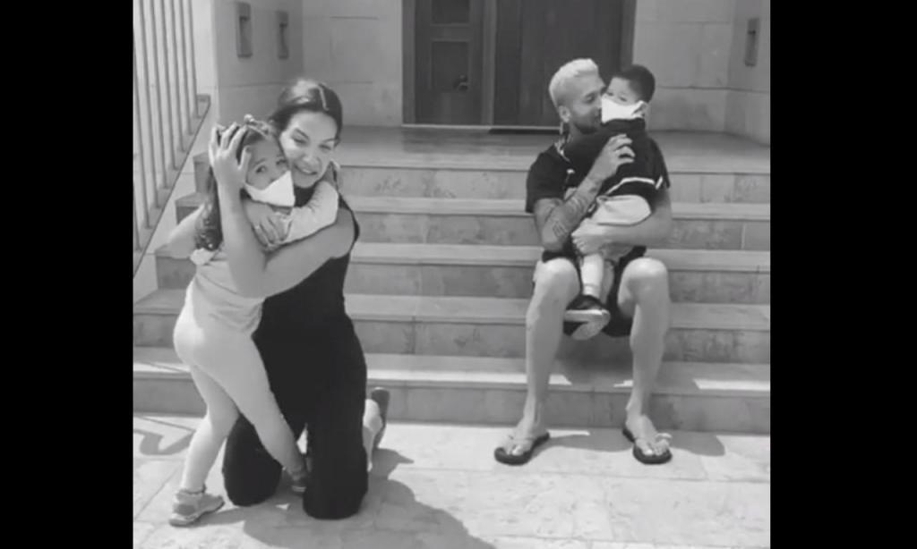Ezequiel Garay e Tamara Gorro reencontraram os filhos