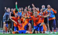 Nuno Santos (com barba branca, à direita, camisola cinza) está na equipa técnica de Jorge Simão, no Al-Fayha (Al-Fayha)