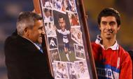 Acosta, numa homenagem em 2011, segue ligado ao San Lorenzo (Facebook Beto Acosta)