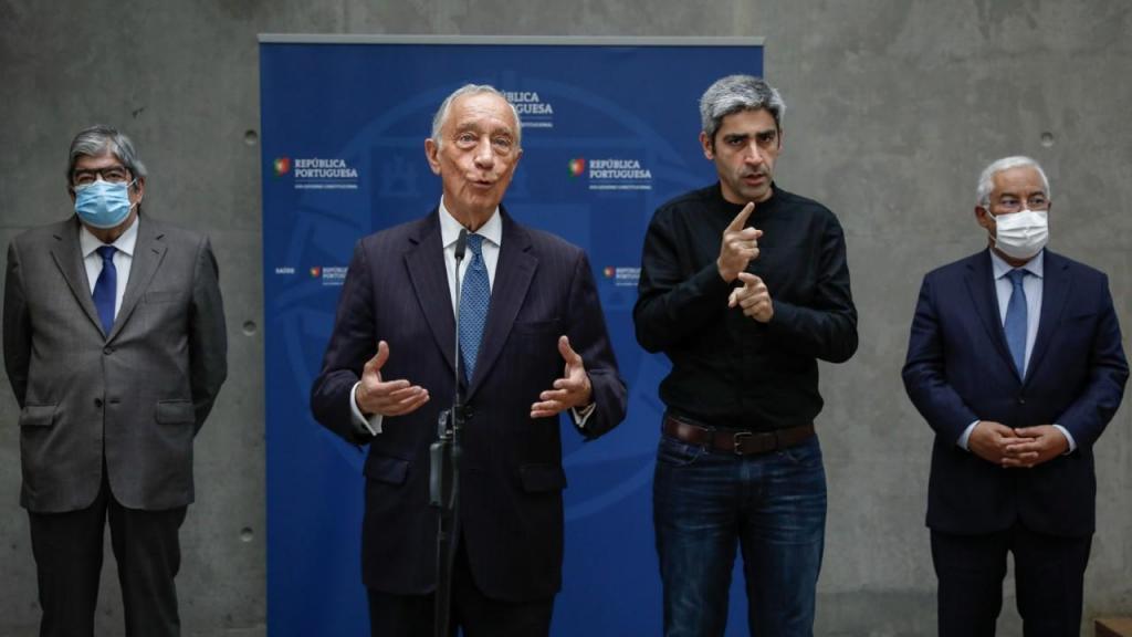 Marcelo Rebelo de Sousa, António Costa e Ferro Rodrigues após a reunião com peritos sobre a Covid-19 no Infarmed