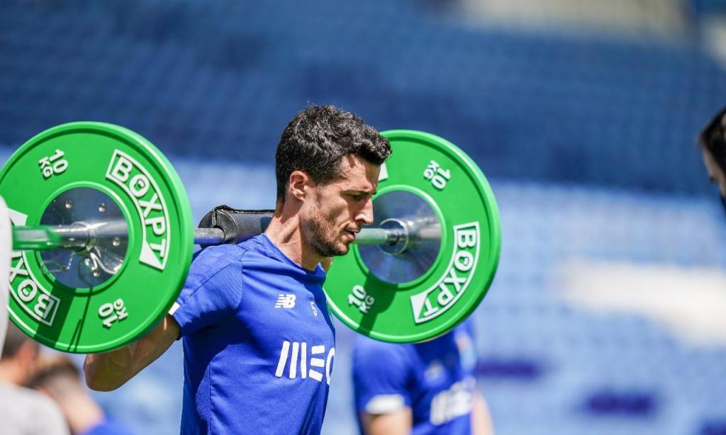 FC Porto voltou a treinar no Dragão