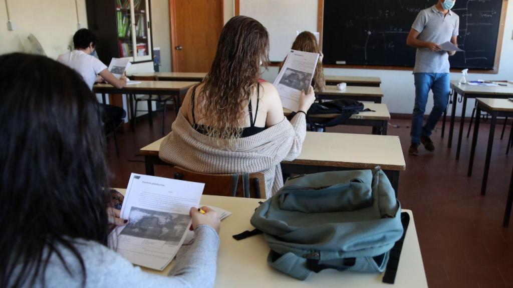Covid-19: regresso às aulas presenciais