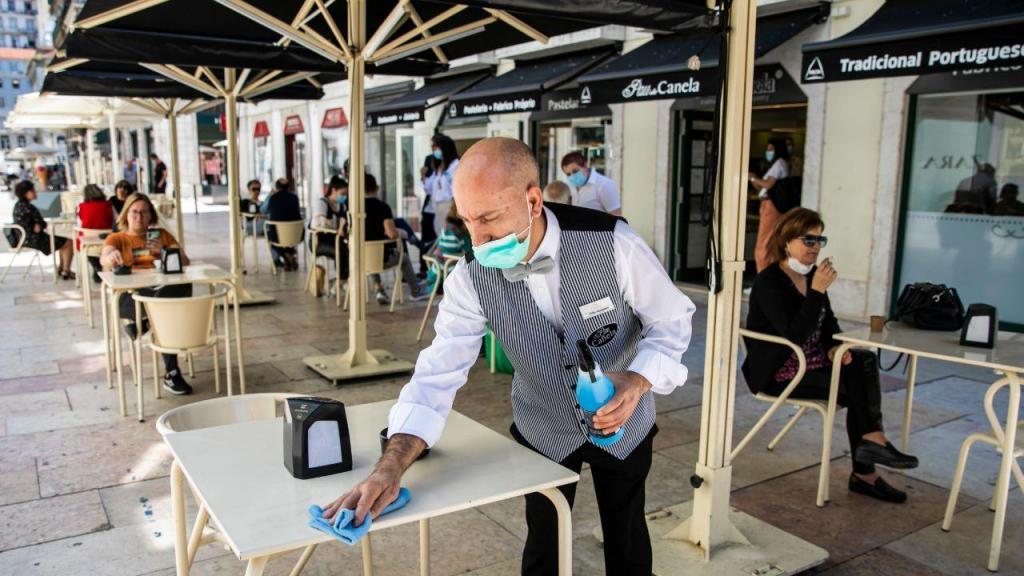 Covid-19: reabertura de lojas e restaurantes em Lisboa