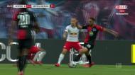 Leipzig-Hertha Berlim termina 2-2 por causa deste penálti
