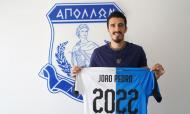 João Pedro renova pelo Apollon até 2022 (Foto: Apollon)
