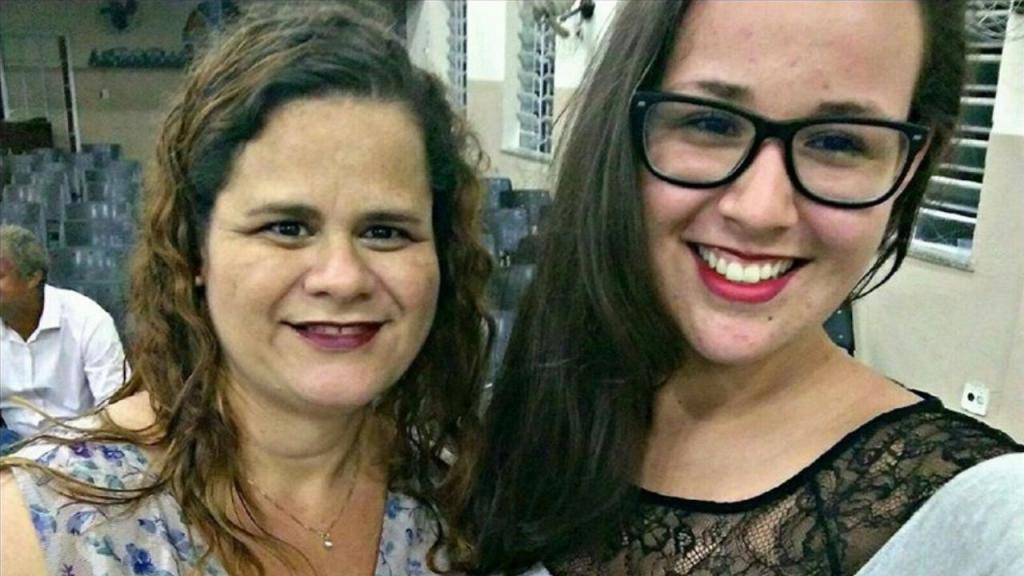 Germaine Herculano dos Santos e Kamilly Ribeiro