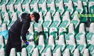 Momentos do futebol internacional 2020: bancadas desinfetadas