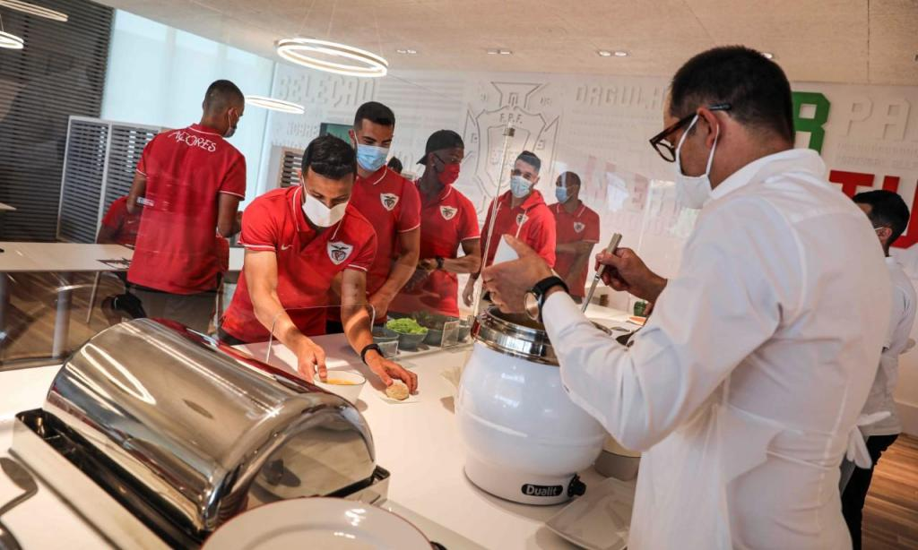 Santa Clara já trabalha na Cidade do Futebol (fotos: FPF)