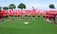 Homenagem do plantel do Sevilha a José Antonio Reyes, que faleceu há um ano (Sevilha FC)