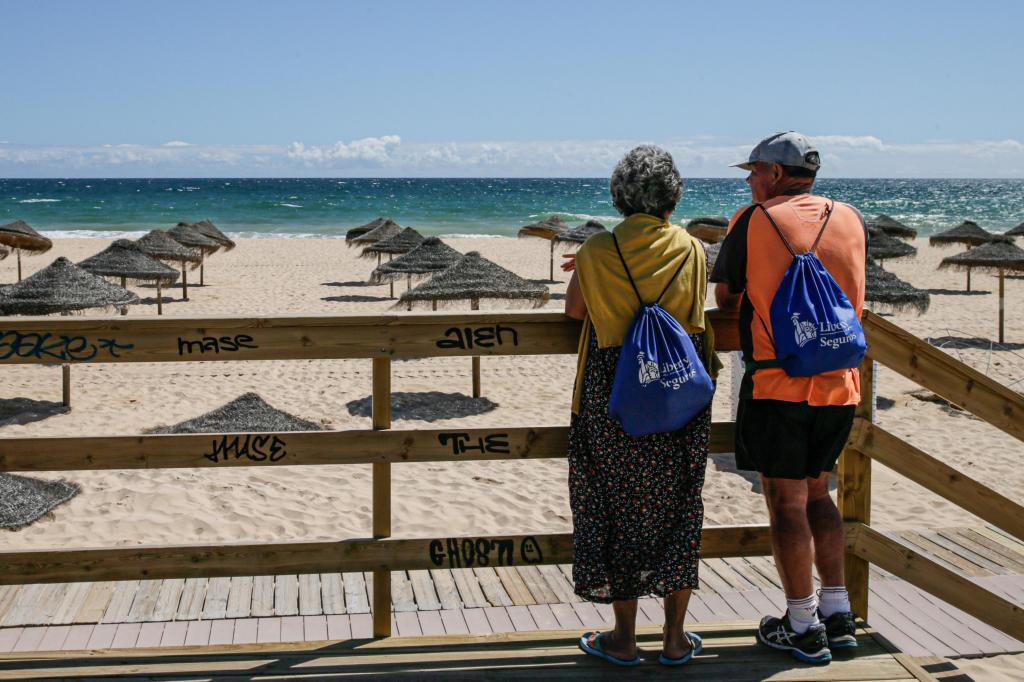 Aberturas das praias no Algarve