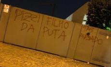 VÍDEO e FOTOS: casas de Lage e de jogadores vandalizadas durante a noite