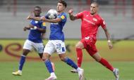Union Berlim e Schalke empataram 1-1