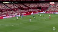 O resumo do triunfo do Sevilha ante o Betis, no regresso da Liga espanhola