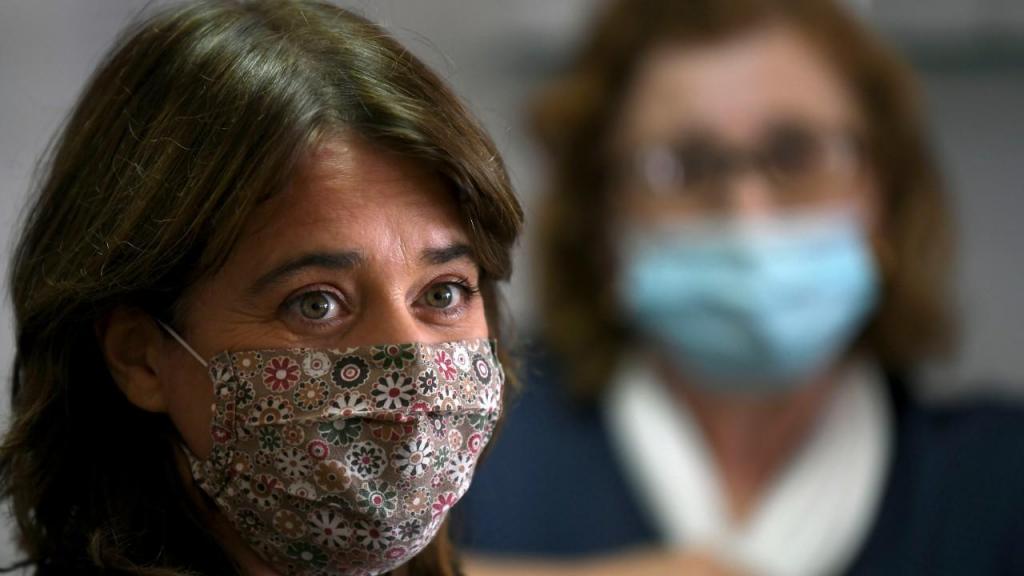 Catarina Martins, do Bloco de Esquerda, reuniu-se com trabalhadores da Bosch